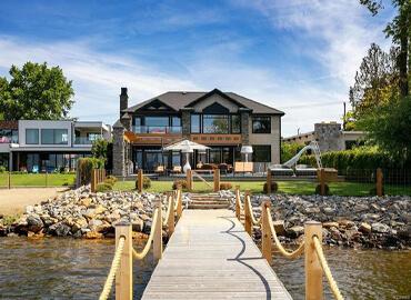 Waterfront Properties | Lisa Kloeble